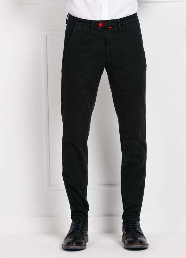 Pantalón chino color gris oscuro. 100% Algodón canvas.