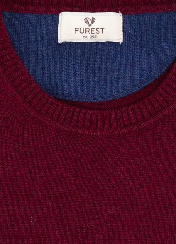 Jersey liso cuello redondo color granate, 40% lana merino, 20% viscosa, 10% cachemire