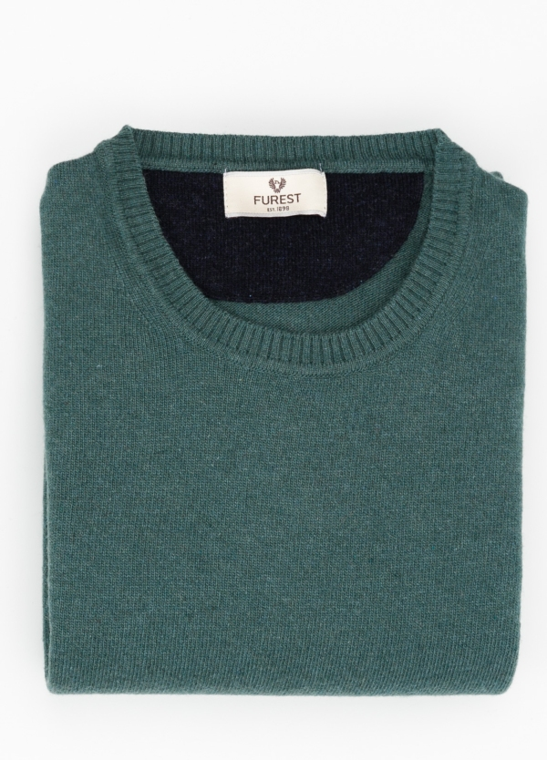 Jersey liso cuello redondo color verde, 40% lana merino, 20% viscosa, 10% cachemire - Ítem1
