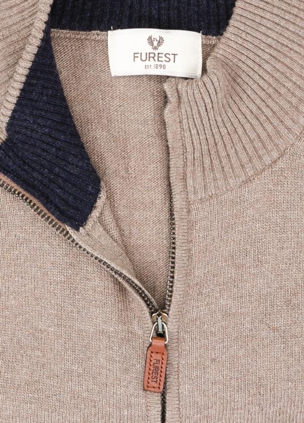 Jersey liso cremallera doble carro, color marrón, 40% lana merino, 30% viscosa, 10% cachemire