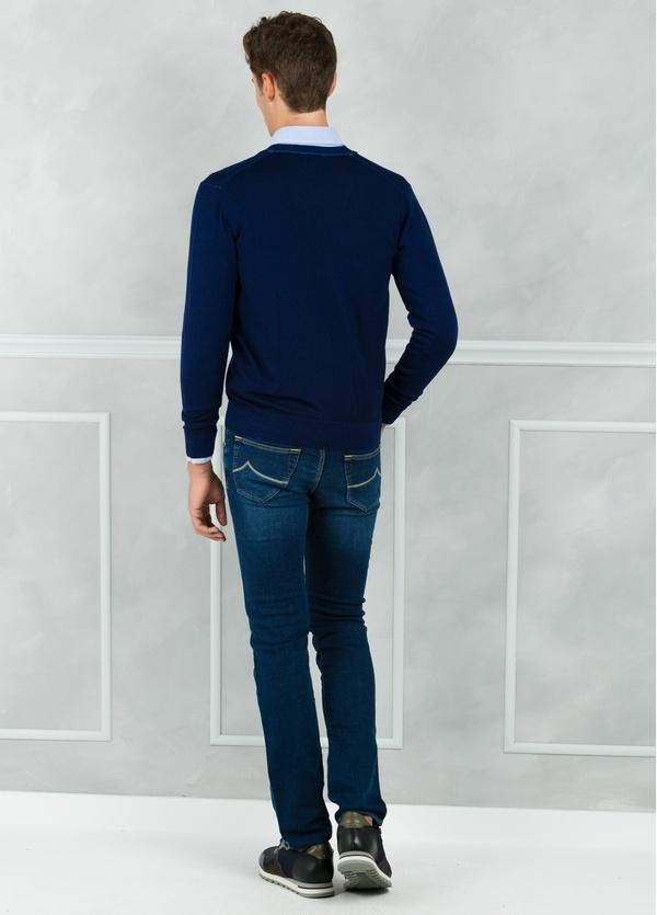 Cardigan liso color azul marino. 100% Lana merino. - Ítem1