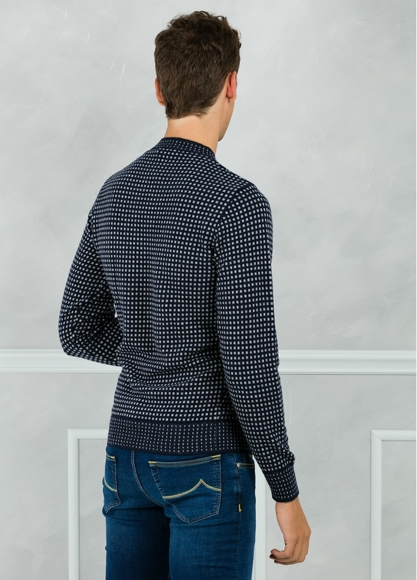 Jersey cuello redondo con dibujo, color azul marino. 45% Lana 25% Viscosa 25% Nylon 5% Cashmere. - Ítem2