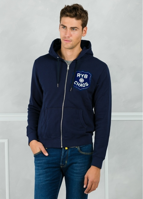 Sudadera con capucha y logo en pecho, color azul marino. 100% Algodón.