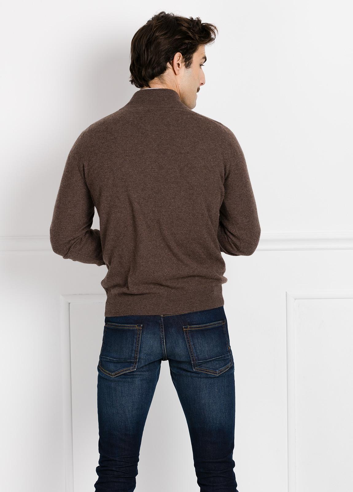 Jersey liso cuello cremallera color vison, cashmere 100%. - Ítem2