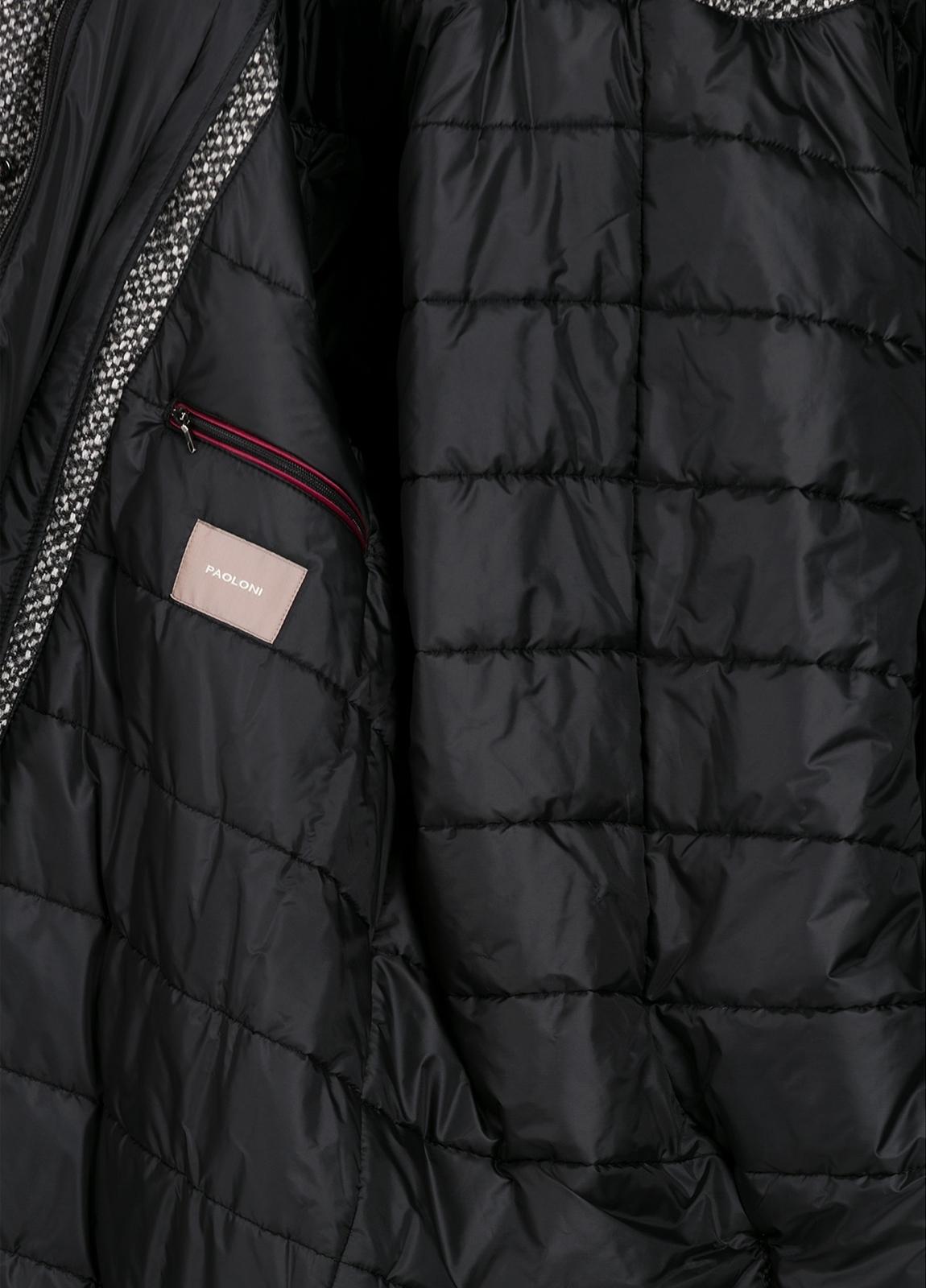 Abrigo jaspeado color gris con pecherín interior. Lana, alpaca y otras fibras. - Ítem1