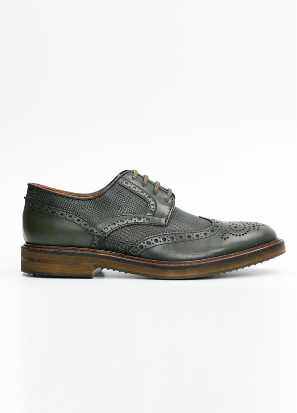 Zapato Formal Wear color verde. 100% Piel.