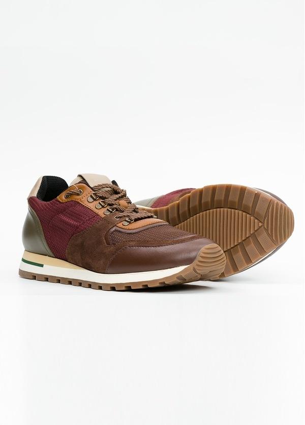 Zapato Sport Wear, color marrón, granate y verde. Combinación de piel, serraje y tejido técnico. - Ítem4