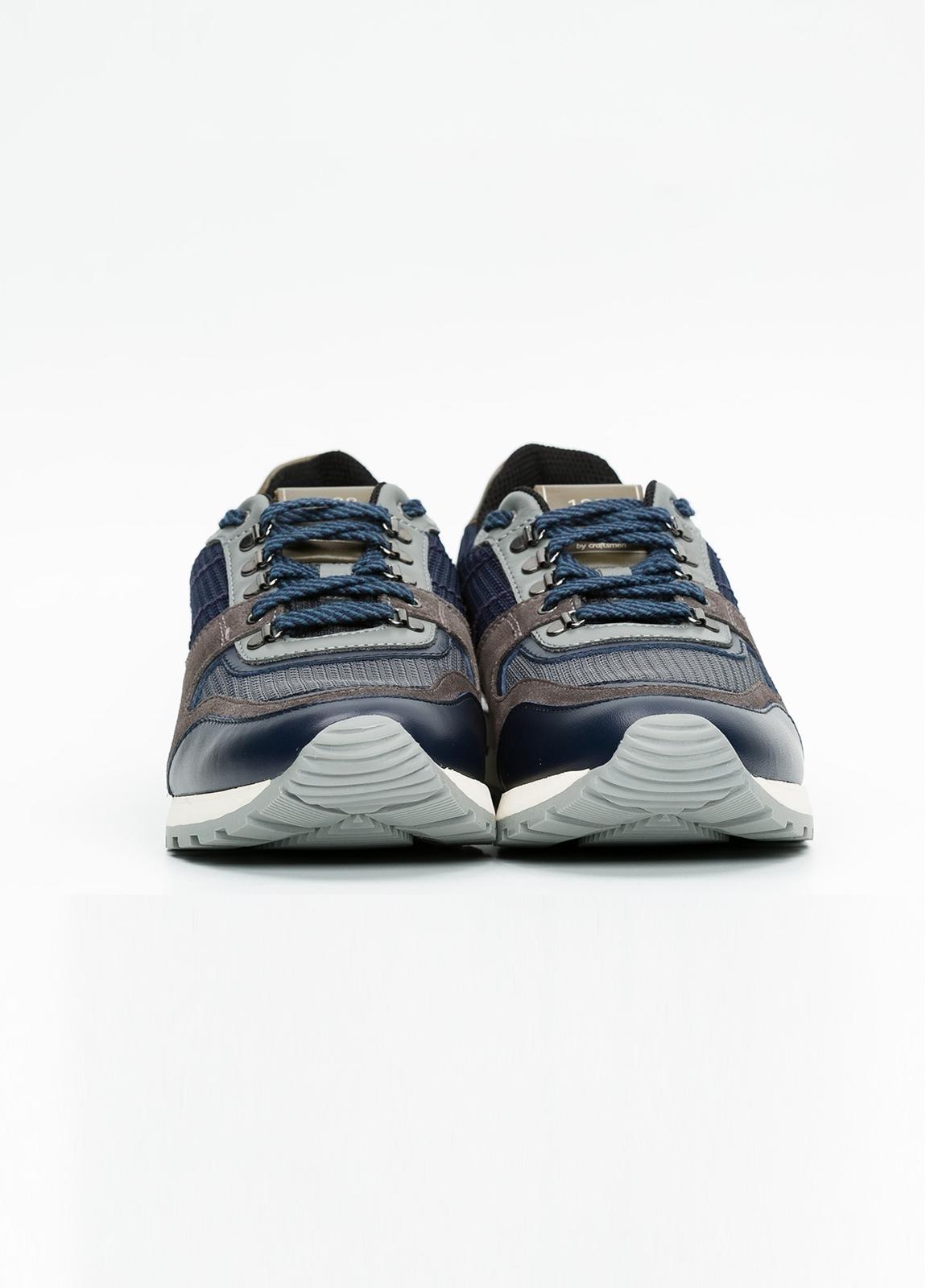 Zapato Sport Wear, color marrón, azul y negro. Combinación de piel, serraje y tejido técnico. - Ítem1