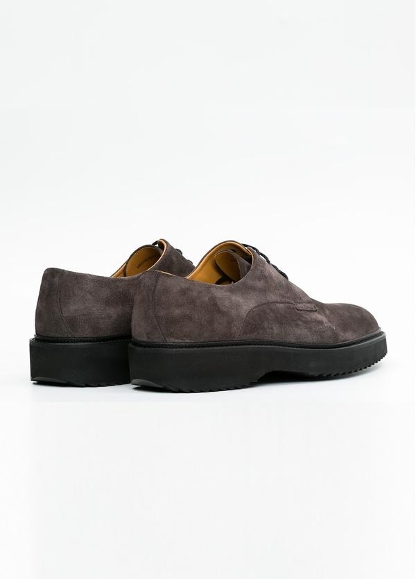 Zapato Sport Wear color gris. 100% Serraje. - Ítem1