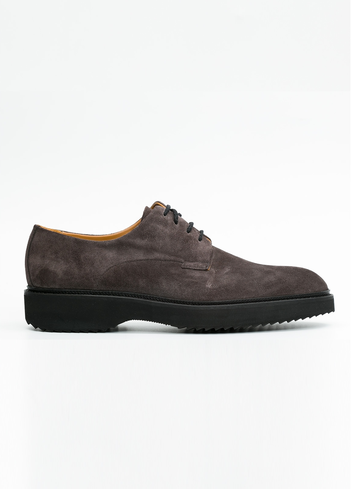 Zapato Sport Wear color gris. 100% Serraje.