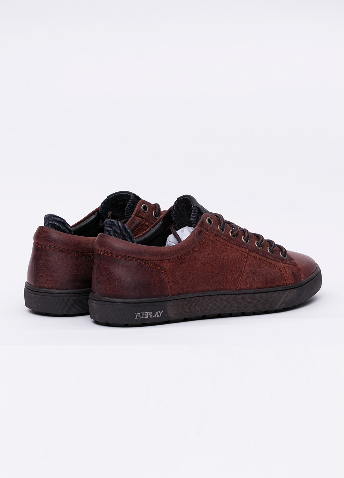 Calzado sport modelo LAREM color marrón. 100% Piel. - Ítem2