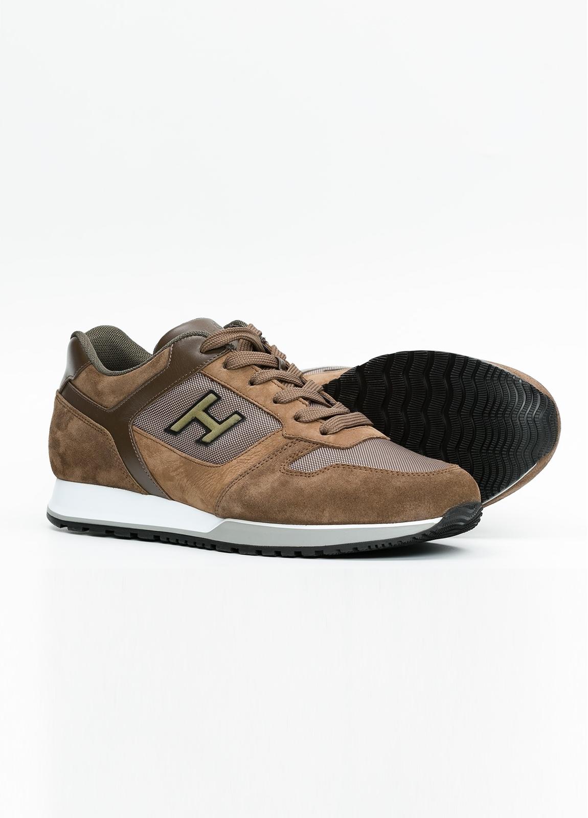 Calzado sport ALLACIATO color marrón. Combinación de serraje, tejido técnico y apliques en piel. - Ítem1