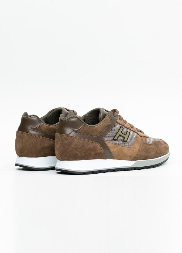 Calzado sport ALLACIATO color marrón. Combinación de serraje, tejido técnico y apliques en piel. - Ítem3