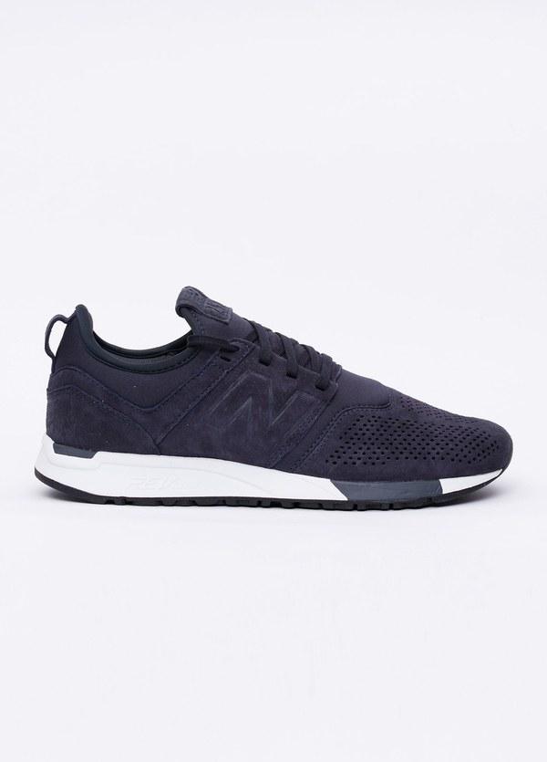 Sneaker MRL247 color azul marino. Combinación de serraje y tejido técnico.