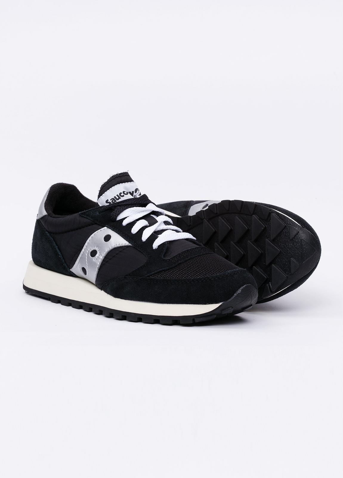 Calzado sport JAZZ OR VINT color negro con detalles blancos, combinación de serraje y tejido técnico. - Ítem1