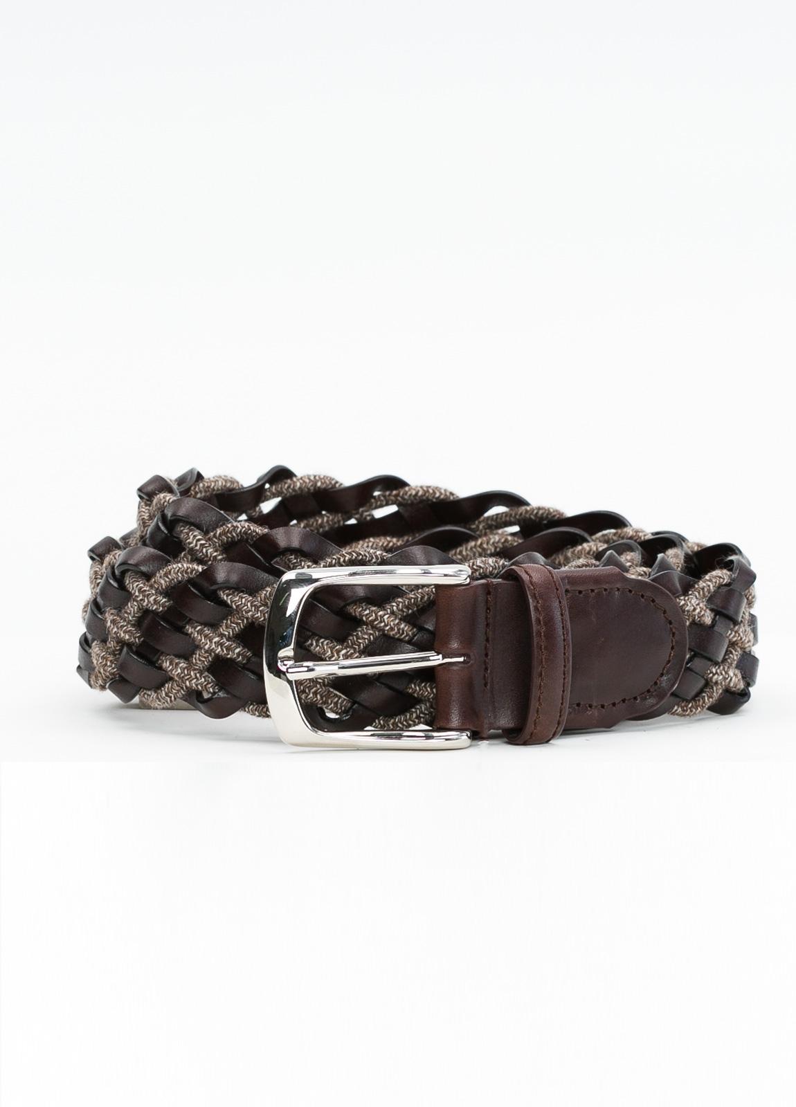 Cinturón sport trenzado color marrón, 100% Lana. Detalles en piel y hebilla de Níquel.