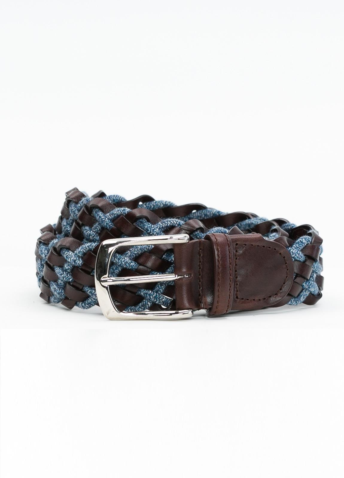 Cinturón sport trenzado color azul, 100% Lana. Detalles en piel y hebilla de Níquel.