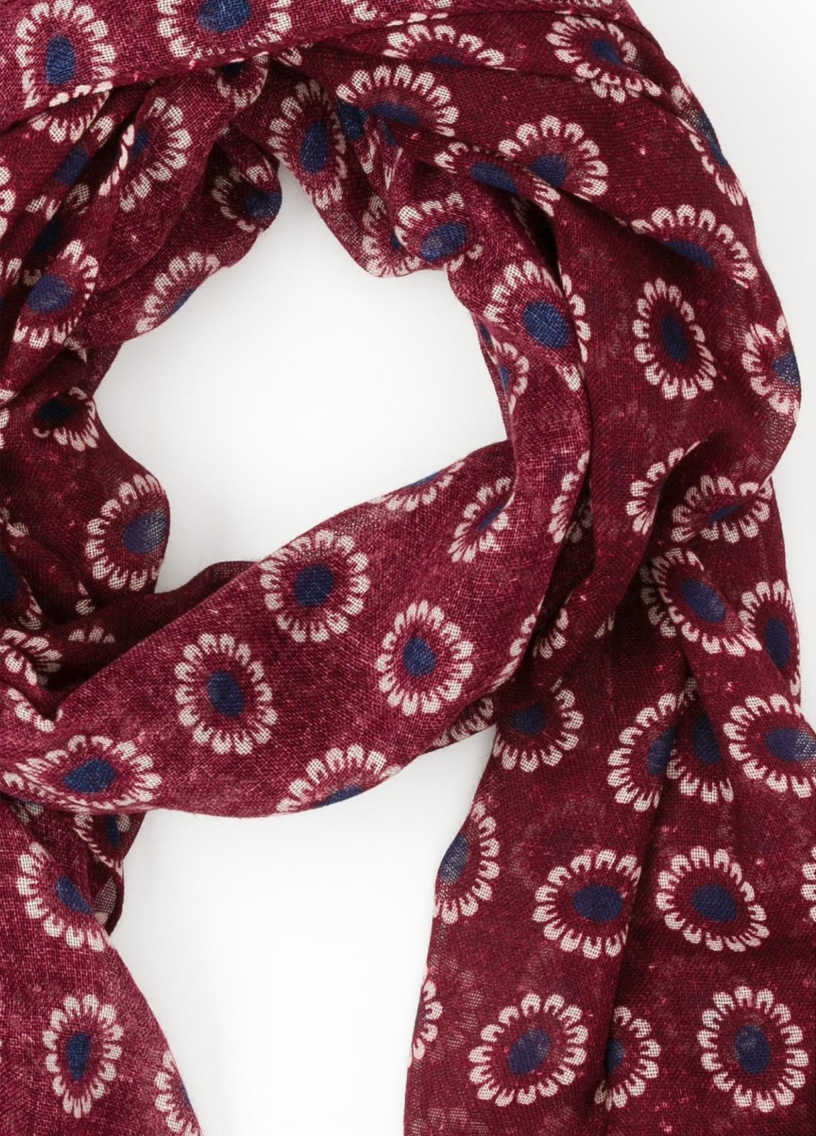 Foulard estampado floral color granate, 70 x 200 cm. 100% Lana. - Ítem1