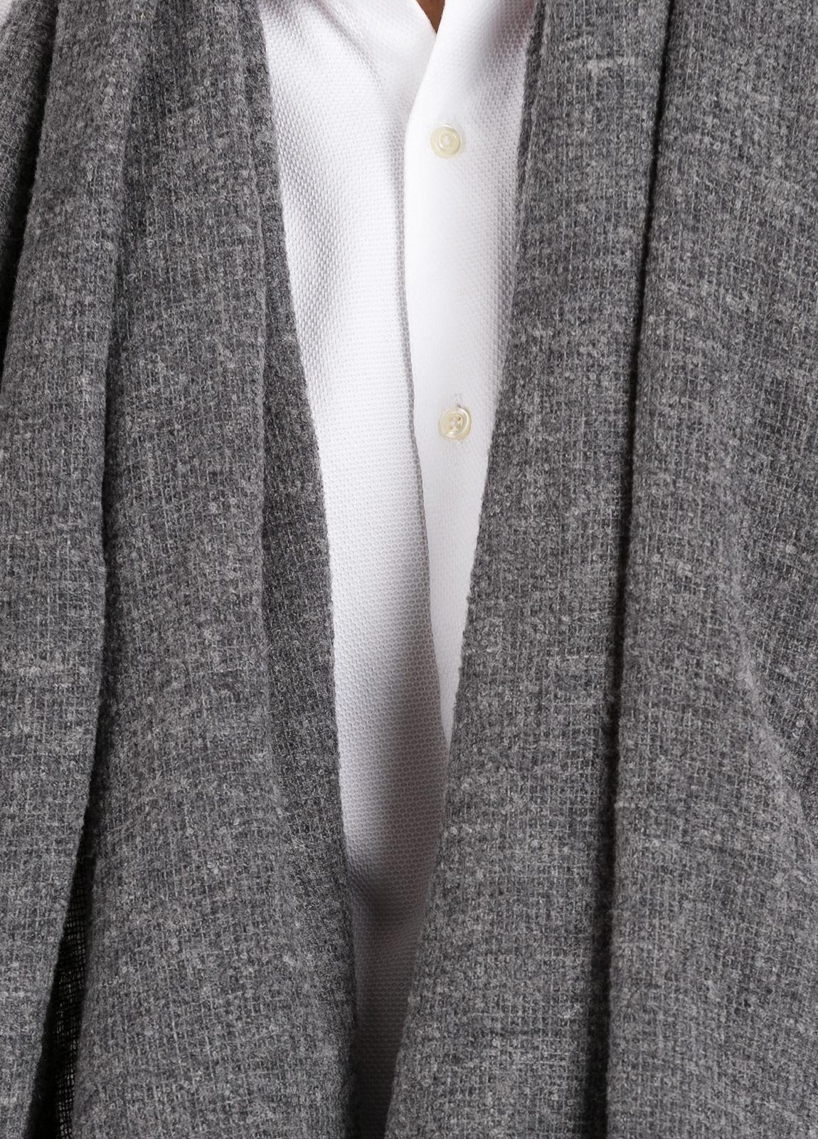 Foulard liso color gris 70 x 200 cm. 75% Lana 25% Poliamida. - Ítem1