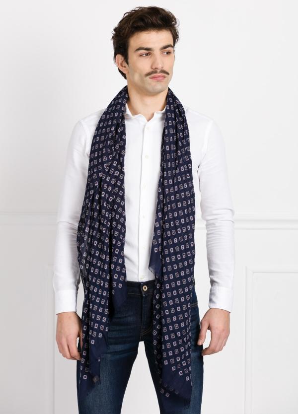 Foulard estampado étnico color azul marino 90 x 180 cm. 100% Modal.