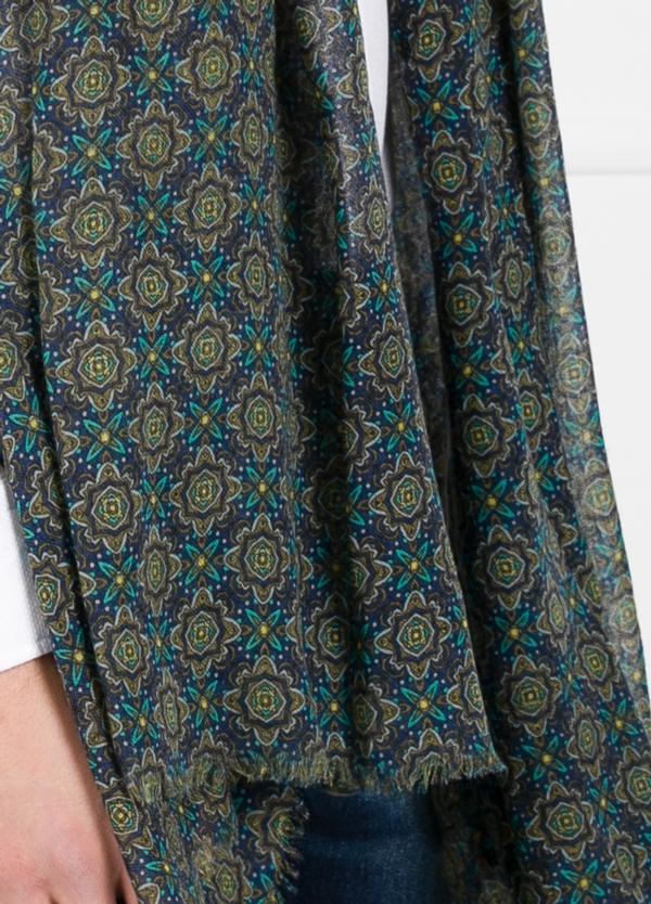 Foulard estampado étnico color azul y verde modelo giglio 80 x 200 cm. 85% lana 15% seda. - Ítem1
