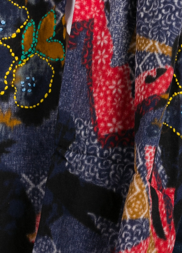 Foulard estampado floral color azul marino modelo giglio . - Ítem1