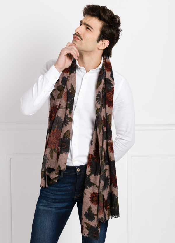 Foulard estampado floral color beige modelo TULIPANO 70 X 180 cm. 70% Lana 30% Nylon.