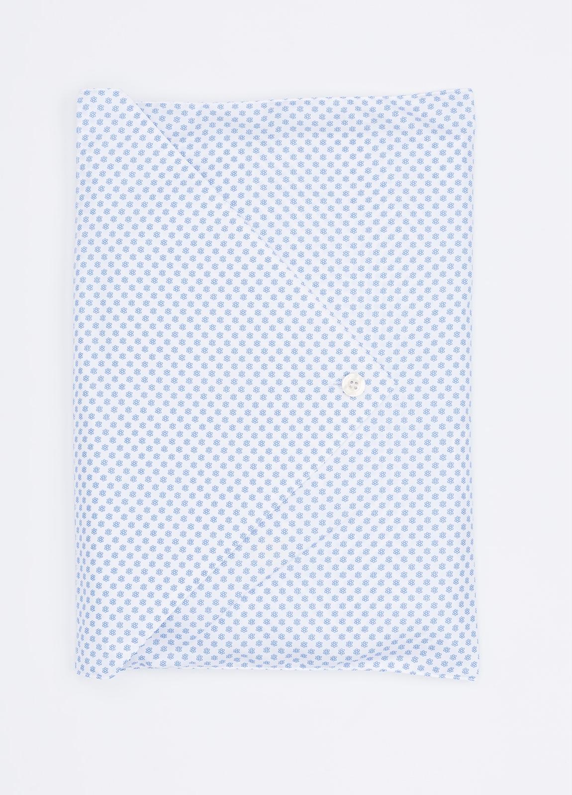 Pijama LARGO dos piezas, pantalón largo con cinta no elástica y funda incluida color celeste con estampado floral. 100% Algodón. - Ítem1