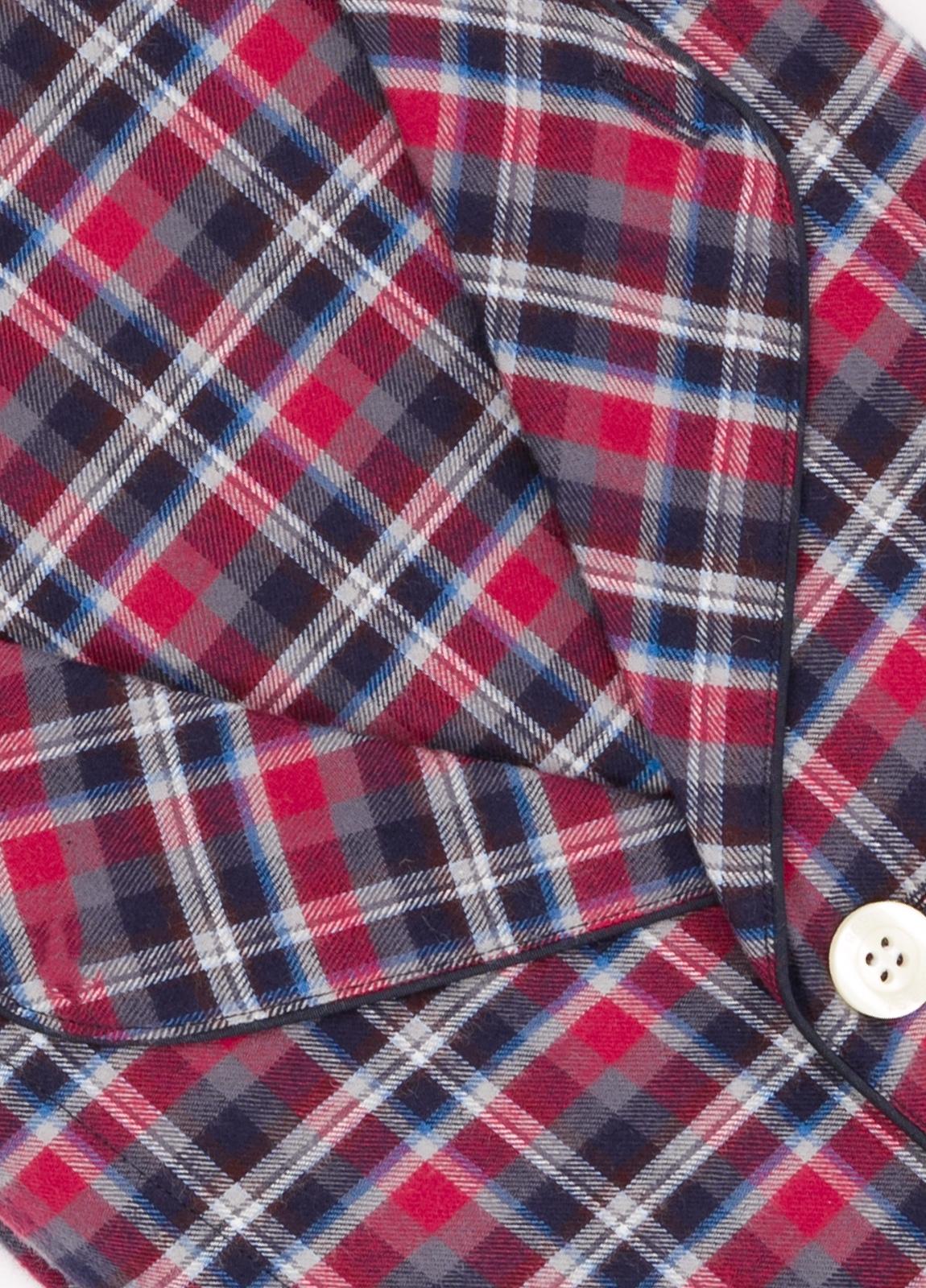 Pijama LARGO dos piezas, pantalón largo con cinta no elástica y funda incluida color granate con estampado de cuadros. 100% Algodón. - Ítem1