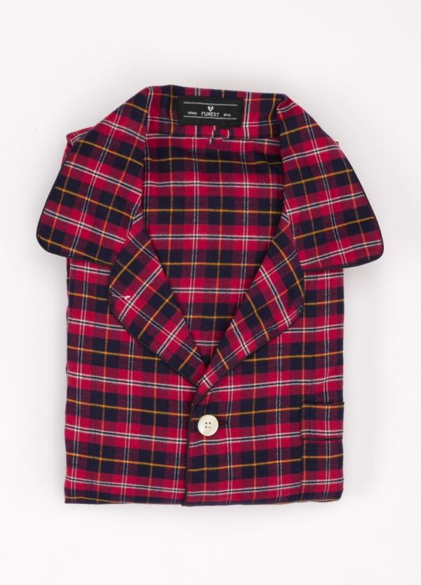 Pijama LARGO dos piezas, pantalón largo con cinta no elástica y funda incluida color granate con estampado de cuadros. 100% Algodón.