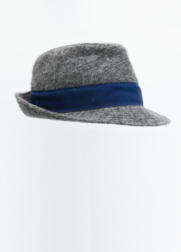 Sombrero lana color azul medio con banda en tela