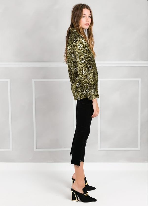 Camisa woman modelo ALICEYS estampado animal print color verde. - Ítem1