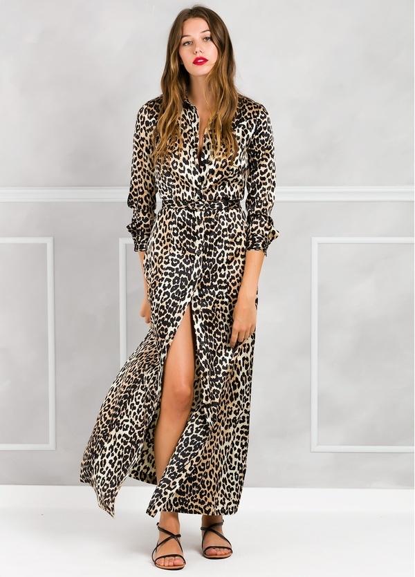 Vestido largo con estampado leopardo color beige. 92% seda 8% Elastán.