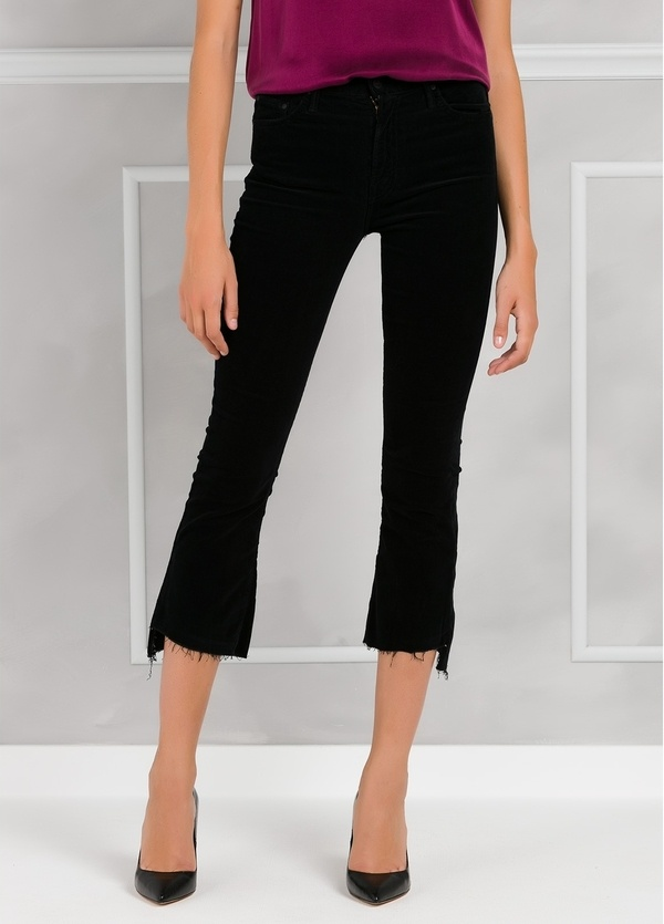 Pantalón woman CROPPED JEANS color negro.