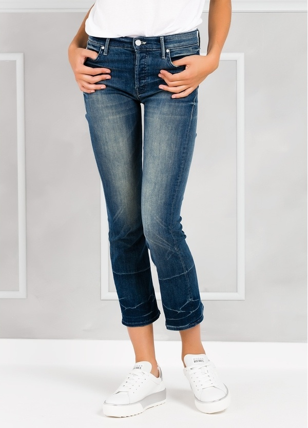 Tejano woman CROPPED FLARE JEANS color denim.