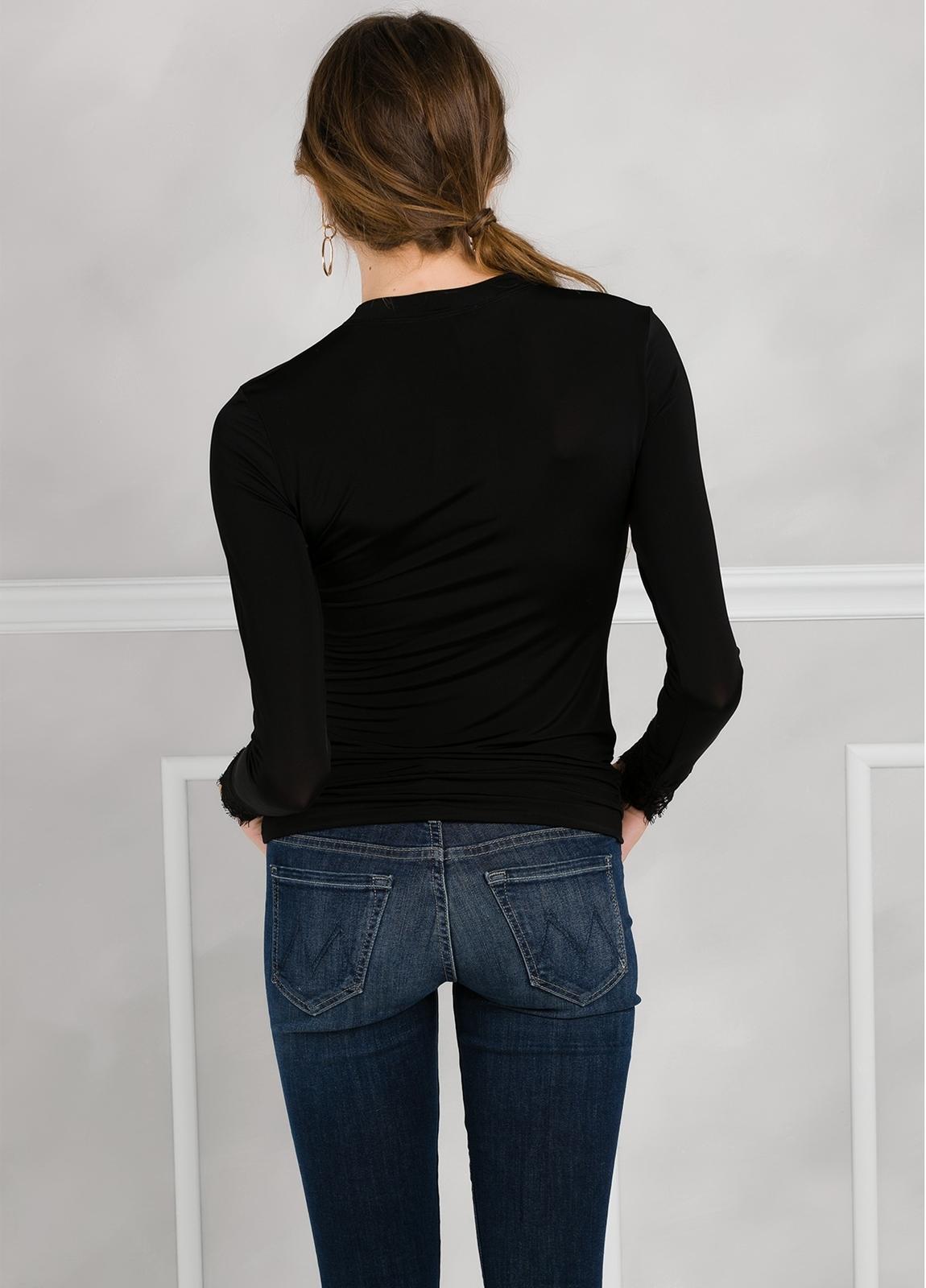 Camiseta woman manga larga con encaje en puños, color negro - Ítem1