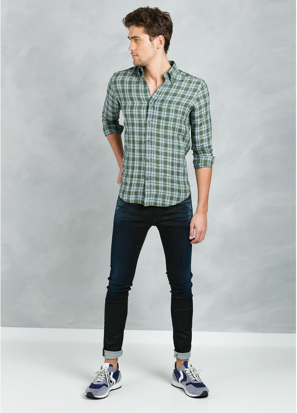 Camisa Leisure Wear REGULAR FIT Modelo BOTTON DOWN estampado cuadros verdes , 100% Lino - Ítem1