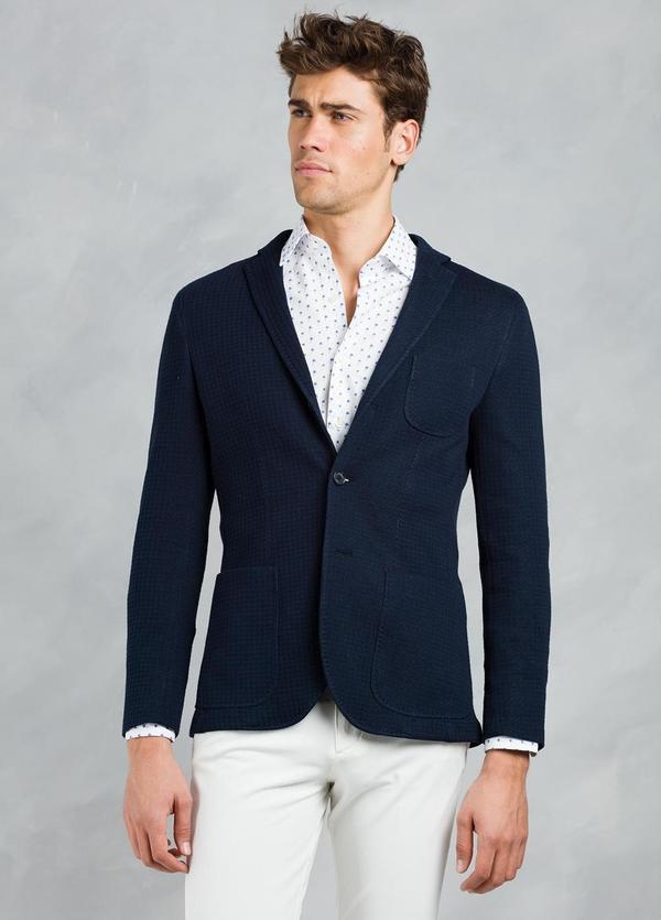 Americana SOFT JACKET Slim Fit textura color azul marino, 100% Algodón.