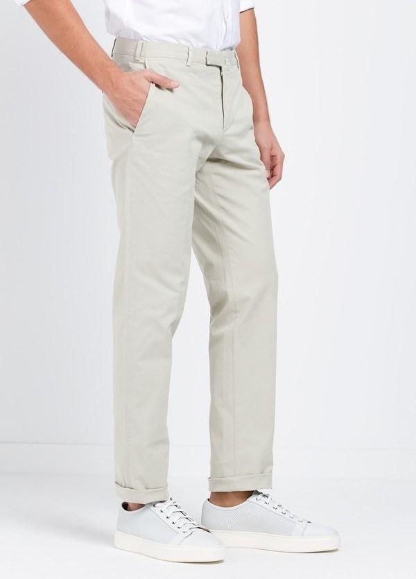 Pantalón Sport SLIM FIT , modelo INCO, color beige, 98% Algodón 2% Elastano. - Ítem1
