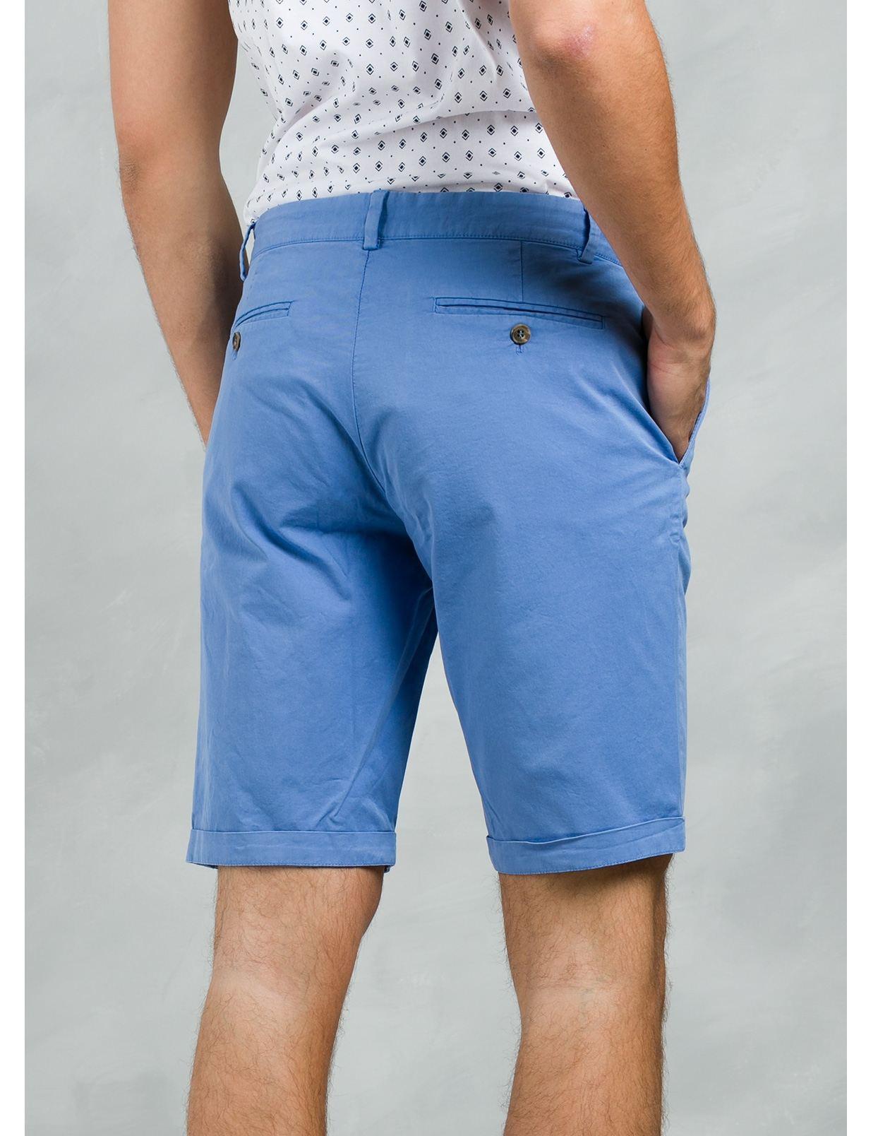 Bermuda ligeramente slim fit color azul, 100% Algodón. - Ítem2