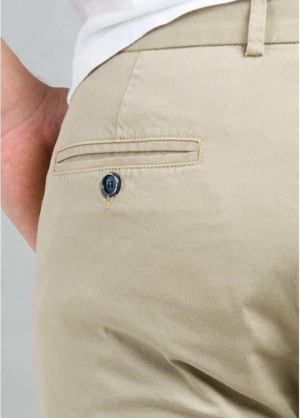 Pantalón Casual Wear, SLIM FIT micro textura color beige, 97% Algodón 3% Elastómero. - Ítem1