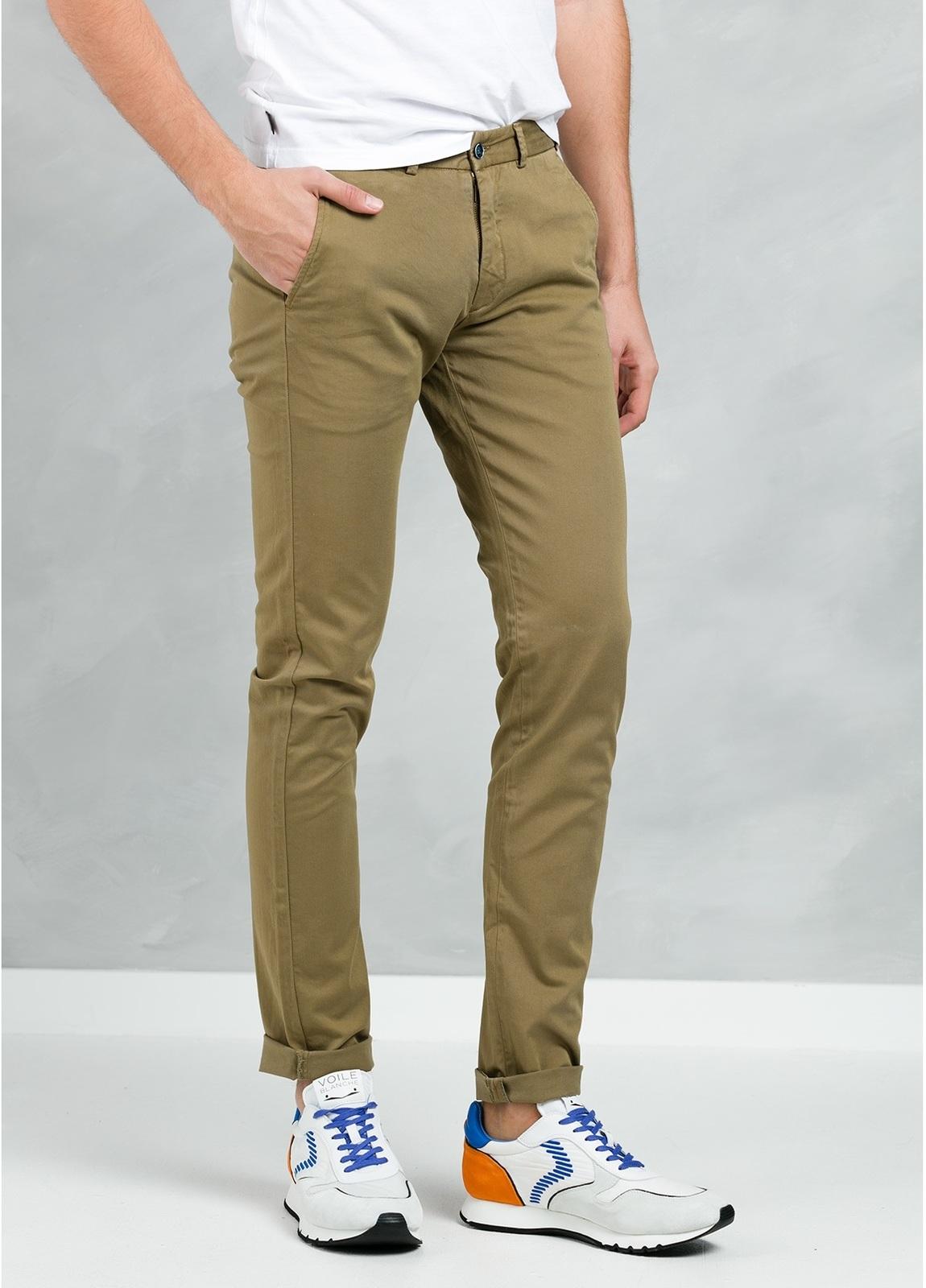 Pantalón Casual Wear, SLIM FIT micro textura color tostado, 97% Algodón 3% Elastómero. - Ítem2
