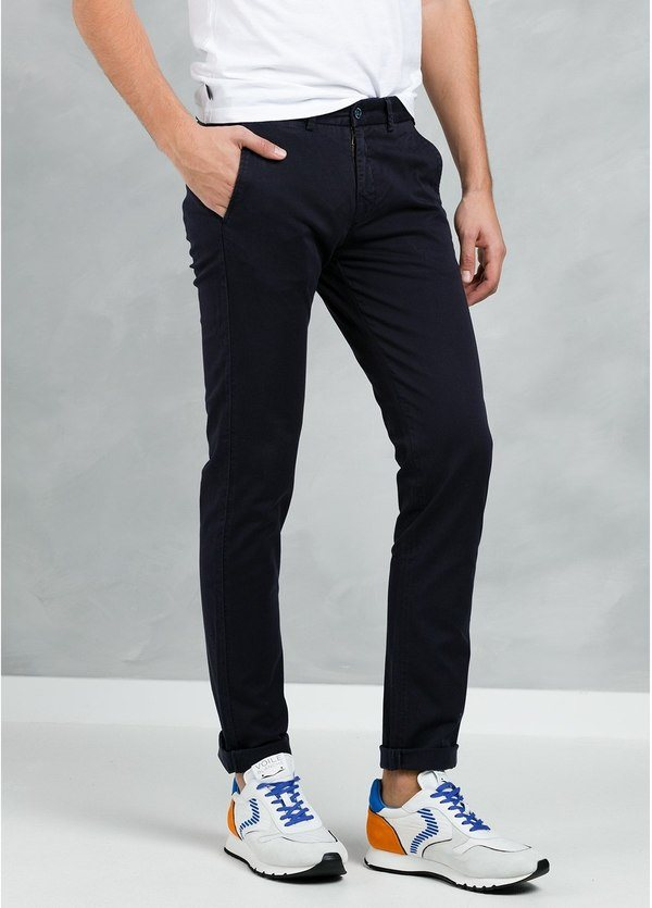 Pantalón Casual Wear, SLIM FIT micro textura color azul marino, 97% Algodón 3% Elastómero. - Ítem2