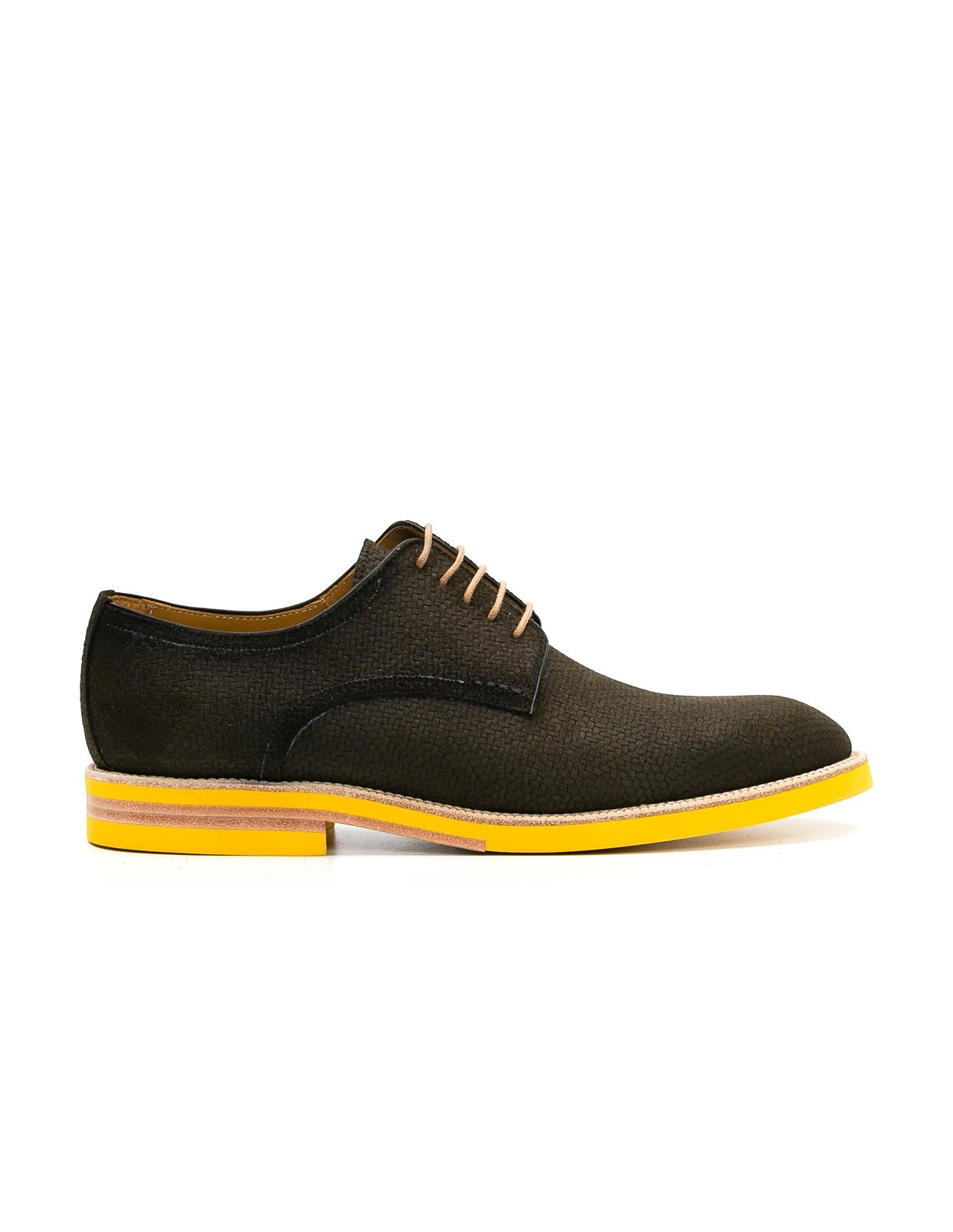 Calzado Sport Wear color kaki, 100% Serraje.
