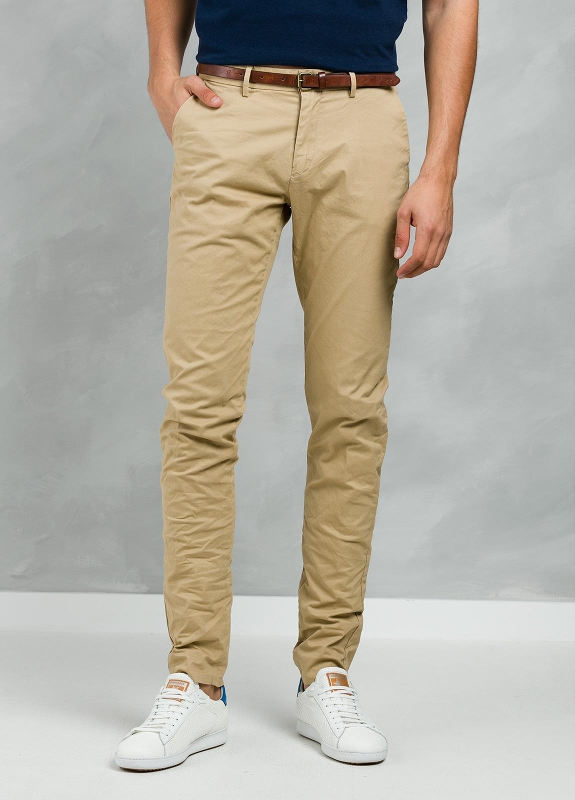 Pantalón chino color tostado, Algodón.