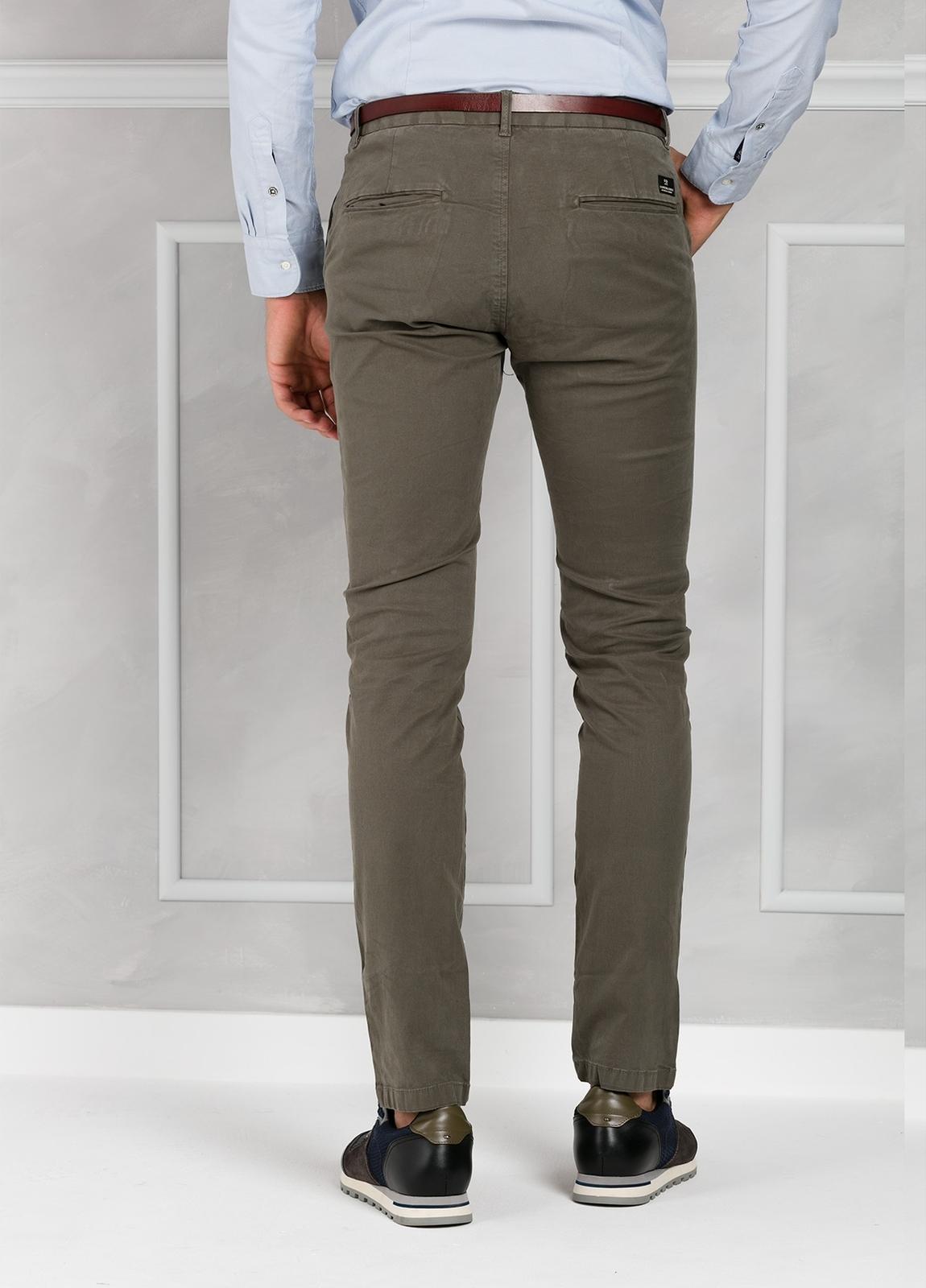 Pantalón chino color gris, Algodón. - Ítem2