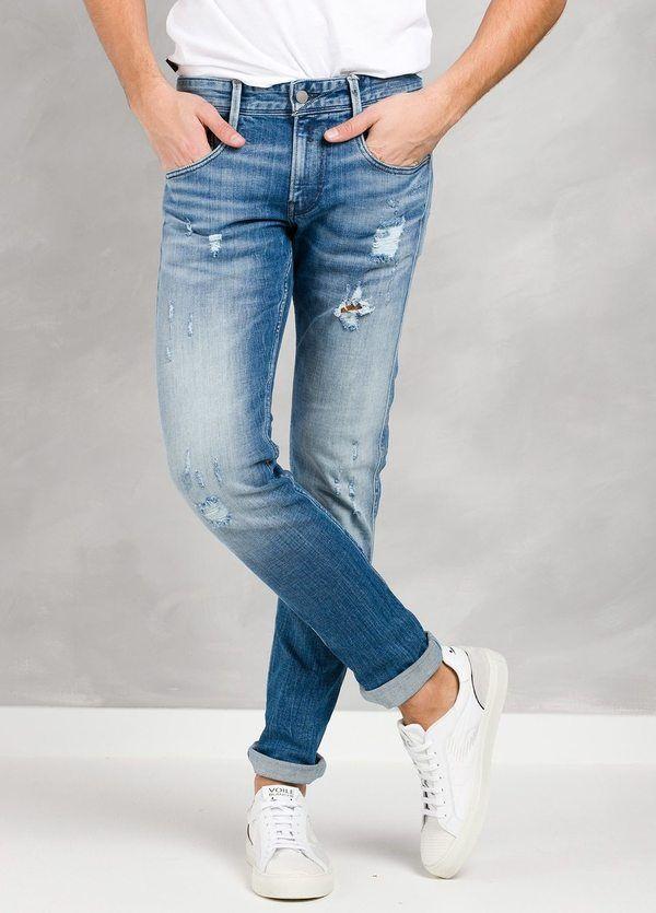 Pantalón tejano REGULAR 17B942R color azul lavado medio.