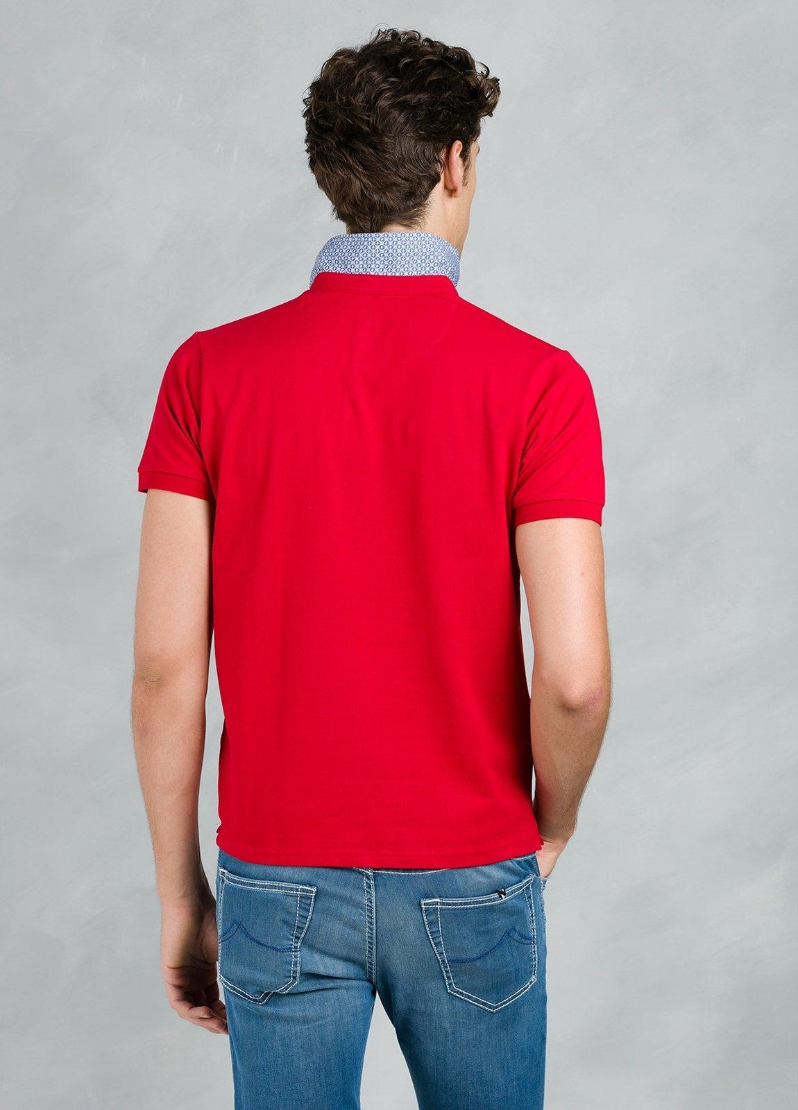 Polo manga corta piquet con bolsillo de ojal, color rojo, 95% Algodón 5% Elastán. - Ítem2