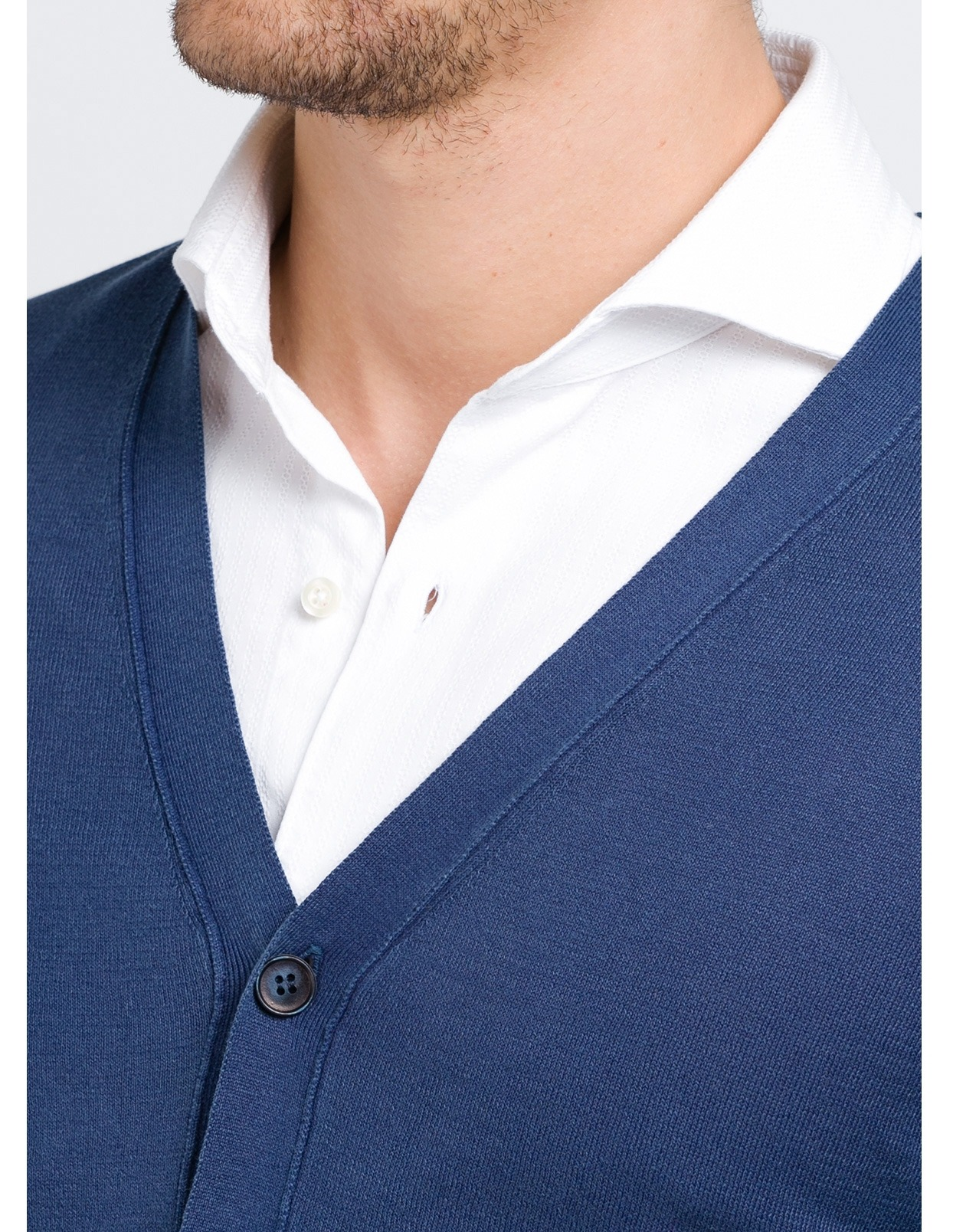 Cardigan con botones color azul marino, 100% Algodón. - Ítem1