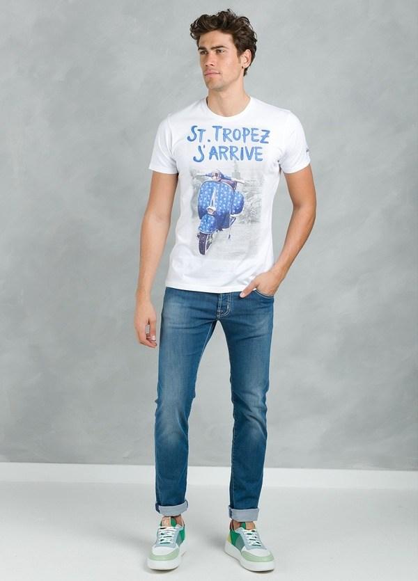 Camiseta manga corta con estampado gráfico, color blanco, algodón.